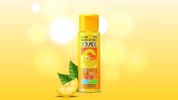 Rohto Melano CC Whitening Lotion có thành phần chủ yếu là vitamin C
